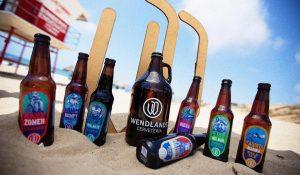 Cervecería Wendlandt : Beers on beach